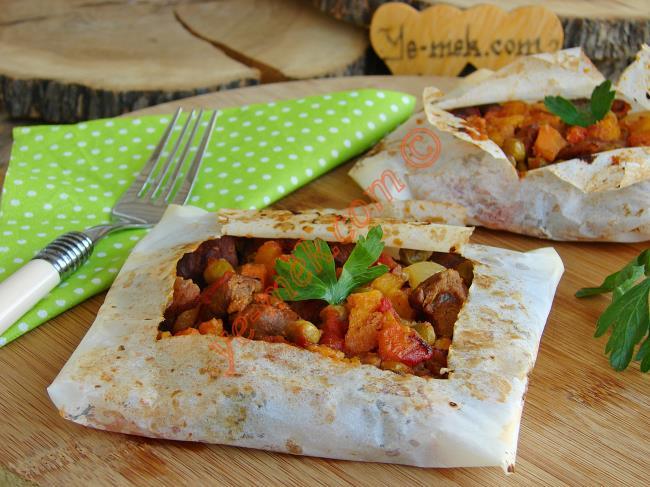 Fırında Etli Kağıt Kebabı