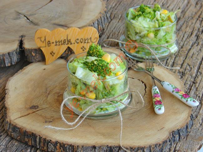 Yağlardan Kurtaran Yeşilliklerle Yapabileceğiniz 10 Diyet Salata Tarifi