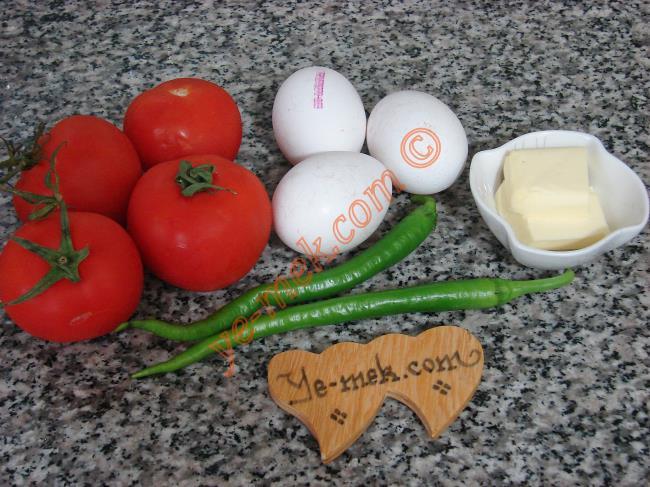 Kaşar Peynirli Menemen İçin Gerekli Malzemeler :  <ul> <li>3 adet yumurta</li>         <li>2 adet sivri biber</li>         <li>2 adet orta boy domates</li> <li>1 yemek kaşığı tereyağı</li>         <li>Rendelenmiş kaşar peynir</li> <li>Tuz, karabiber</li> </ul>