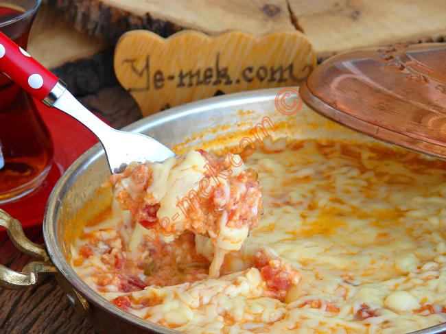 Kaşar Peynirli Menemen