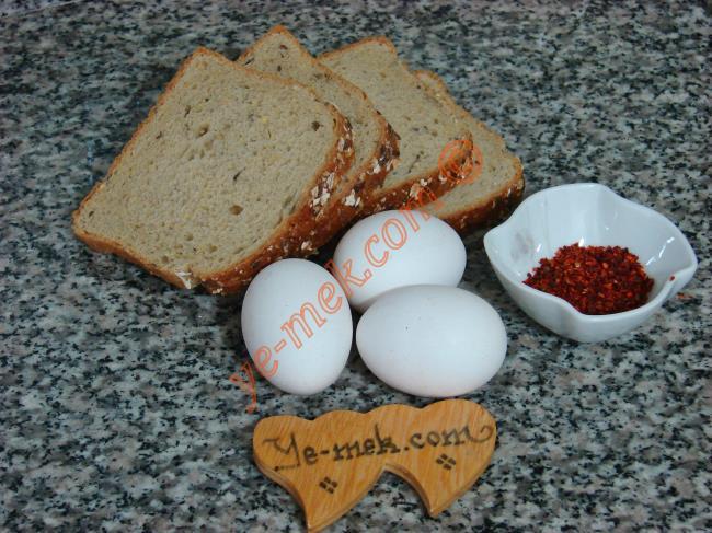 Yumurtalı Ekmek Çıtırları (Acılı) Malzemeleri