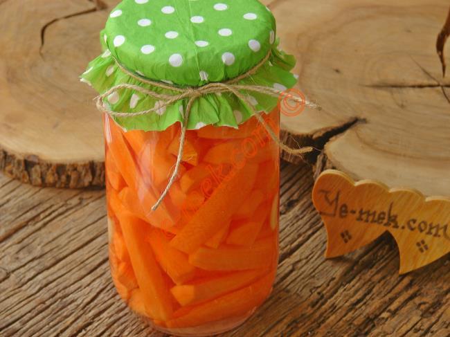 1 Tanesi Bile Salatanıza Renk Katmaya Yetecek 10 Havuçlu Salata Tarifi