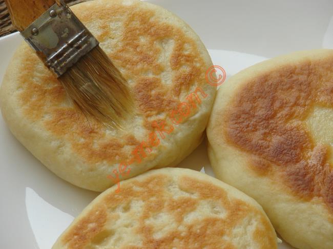 Minik Hamurdan Pita Ekmeği Yapımı
