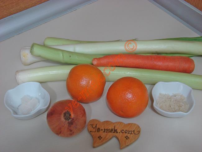 Portakallı Pırasa Yemeği Malzemeleri