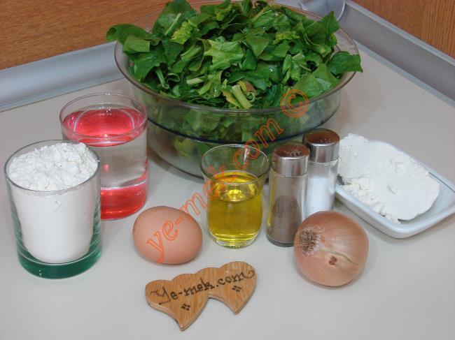 Ispanaklı Çarşaf Böreği Malzemeleri