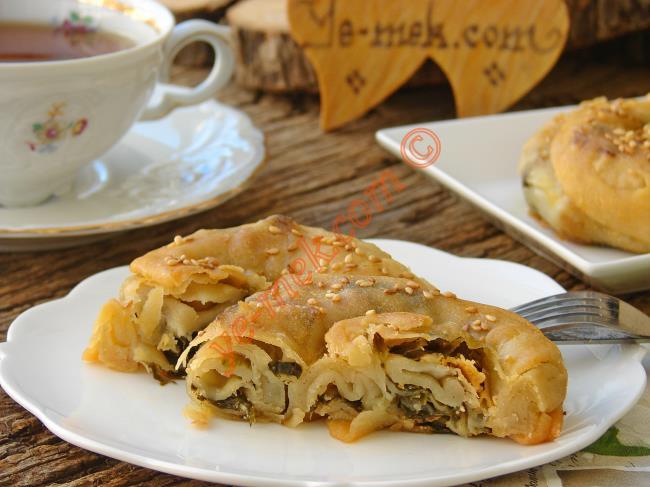 Ispanaklı Çarşaf Böreği
