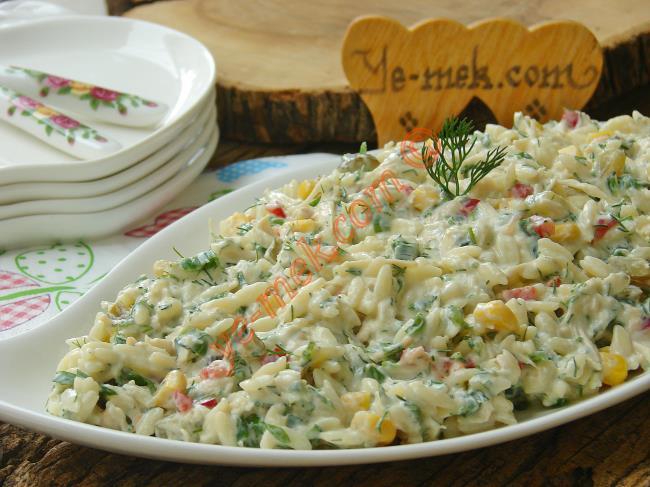 Yoğurtlu Misafir Salataları Mezeleri Tarifleri