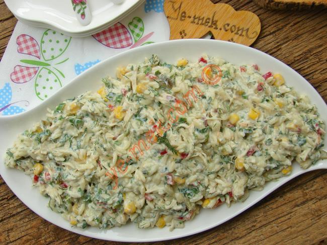 Yedikçe Yedirten Nefis Bir Salata : Yoğurtlu Tavuklu Arpa Şehriye Salatası