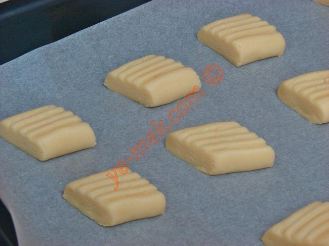 Pastane Usulü Un Kurabiyesi