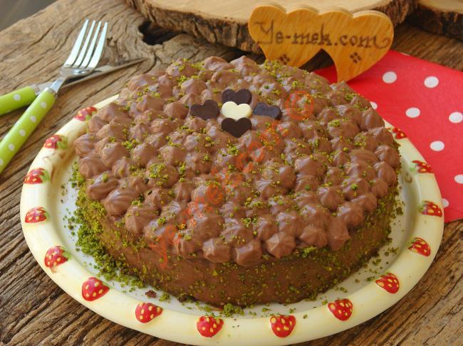 Damla Çikolatalı Sade Muffin Nasıl Yapılır