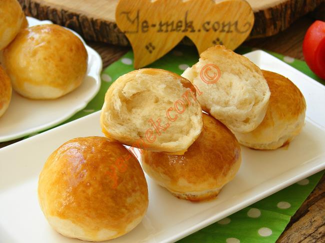 Herkes Hazır Aldınız Zannedecek : Pastane Usulü Mini Sandviç Ekmeği