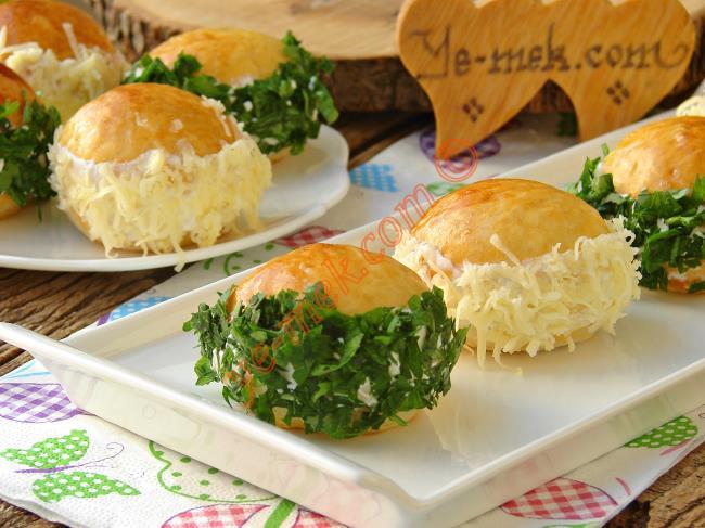 Pastane Tezgahlarının Gözdesi : Pastane Usulü Sakallı Poğaça