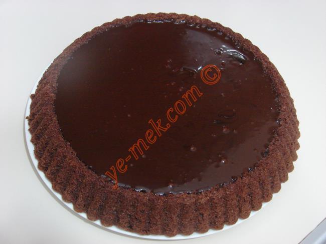 Ganajlı Çikolatalı Tart Kek