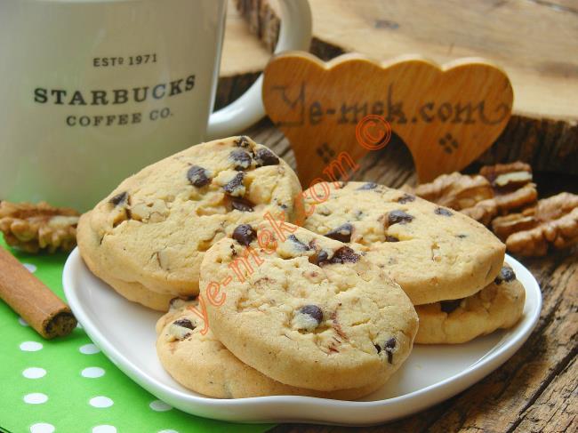 Tarçınlı Cevizli Starbucks Kurabiyesi