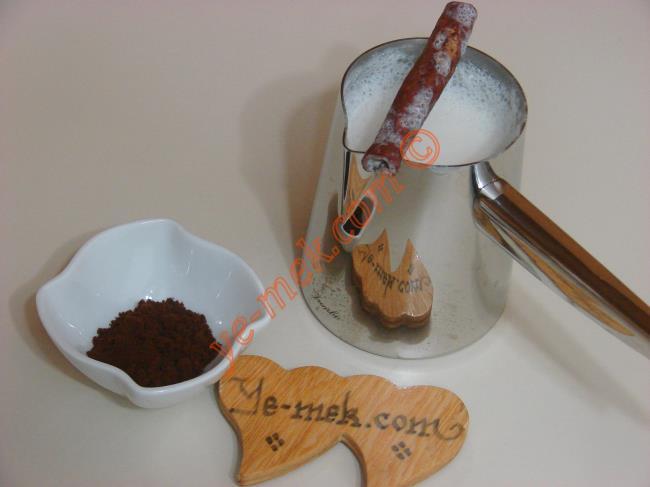 Zayıflamaya Yardımcı Yağ Yakan Kahve