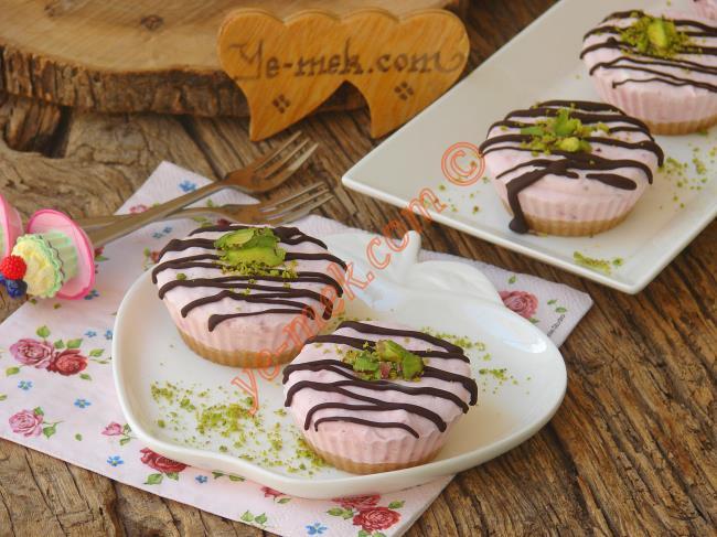 Çiz Kek (Cheesecake) Parfe