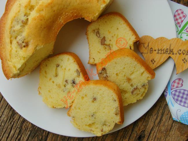 Portakallı Cevizli Kek