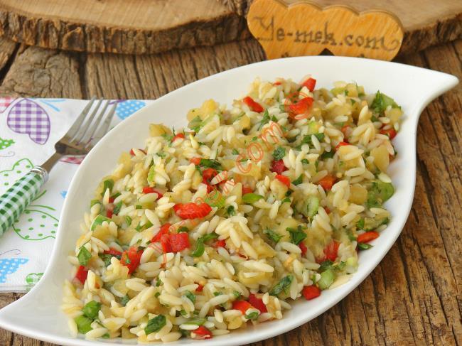 Arpa Şehriyeli Patlıcan Salatası