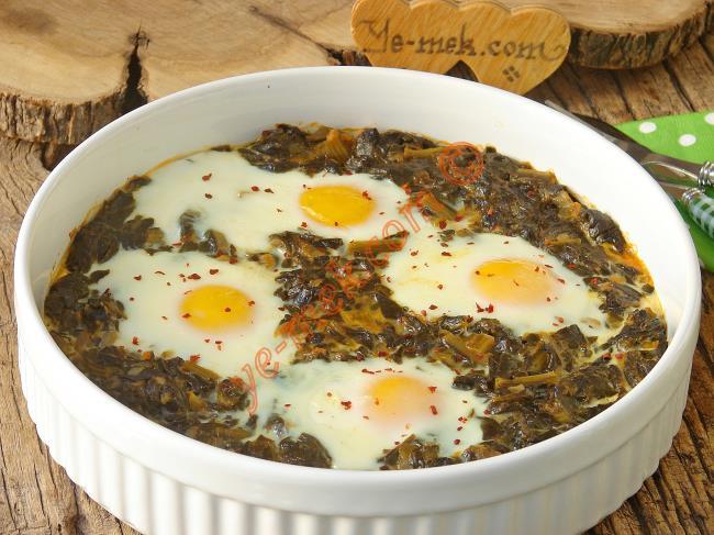 Yumurtalı Ispanak Nasıl Yapılır