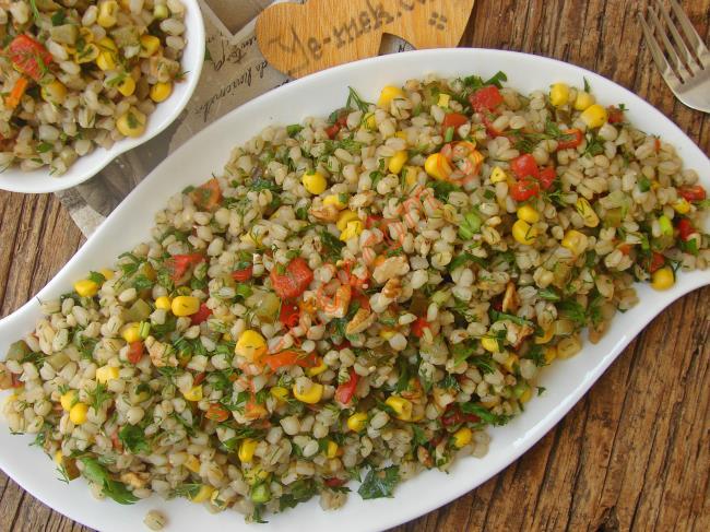 Sofralarınıza Lezzet Katacak, Hafif ve Lezzetli : Buğday Salatası