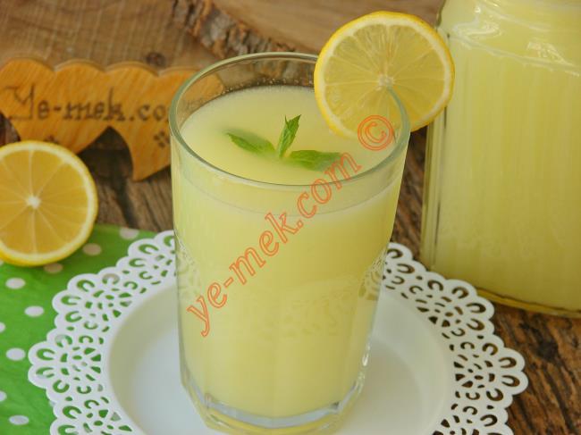 Dondurulmuş Limondan Limonata