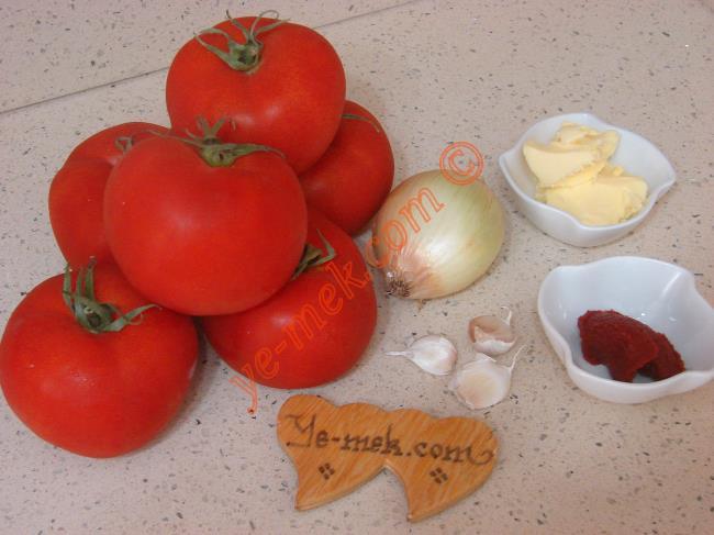 Közlenmiş Domates Çorbası Malzemeleri | Pratik Yemek Tarifleri