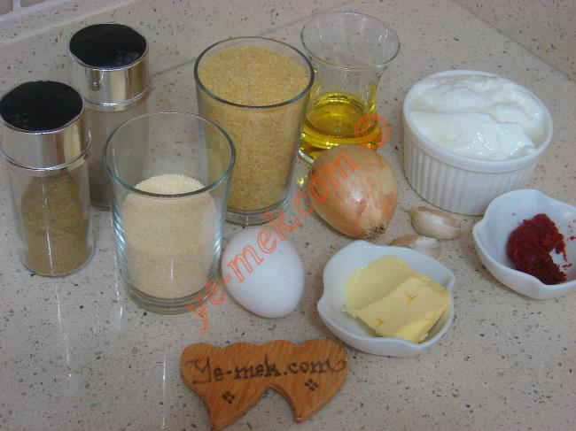 Yoğurtlu Bulgur Köftesi Malzemeleri