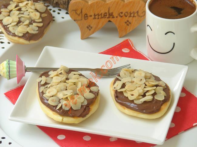 Çikolatalı Kaşık Dökmesi