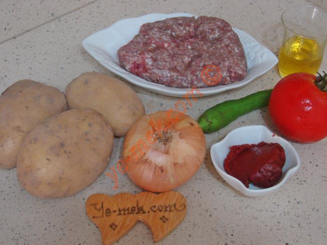 Fırında Kıymalı Patates Yemeği Malzemeleri