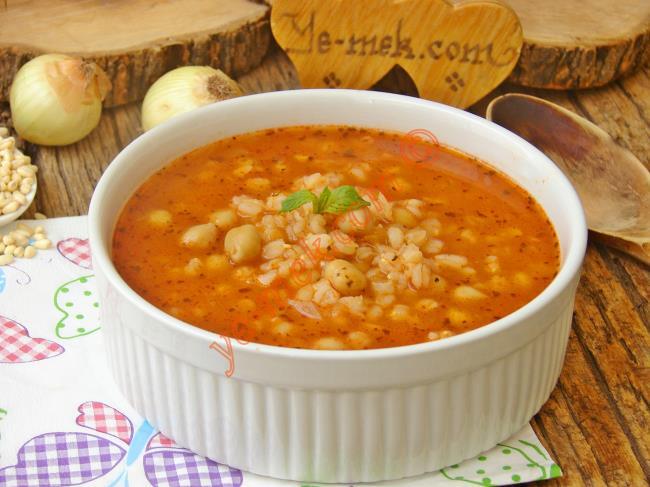 Salçalı Buğday Çorbası