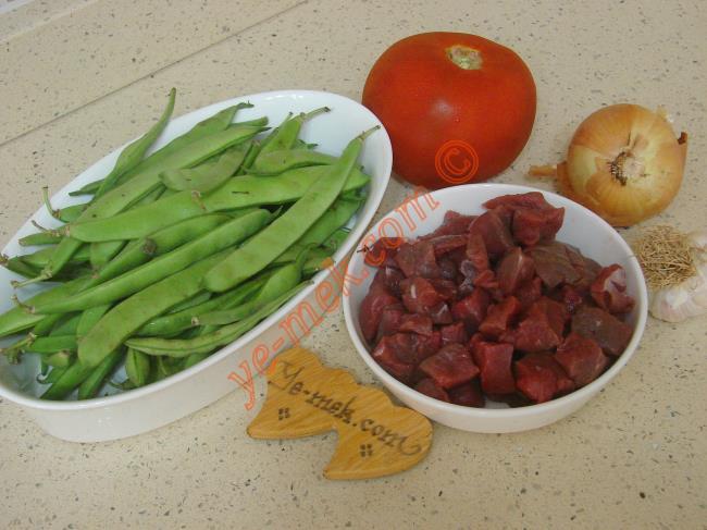 Etli Taze Fasulye Yemeği Malzemeleri