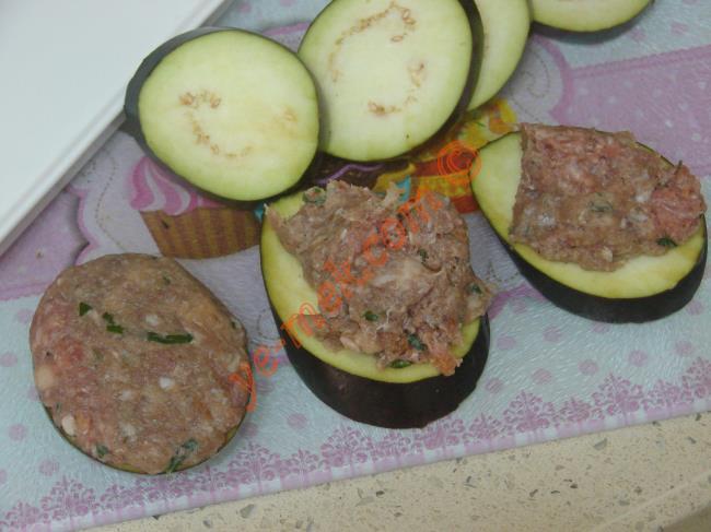 Köfteli Patlıcan Kızartması
