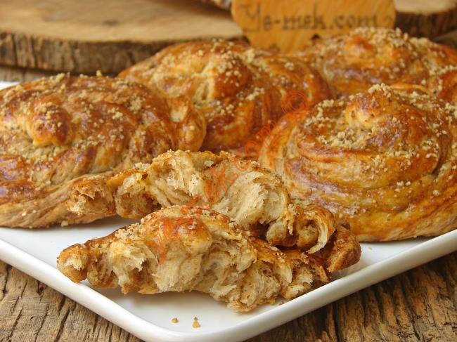 Bu Kadar mı Lezzetli Olur, Püf Noktaları İle : Haşhaşlı Çörek