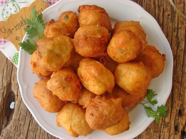 Hiç Yağ Çekmeyen, Yumuşak Kıvamlı, Nefis Bir Hamur Kızartması : Kahvaltılık Peynirli Lokma