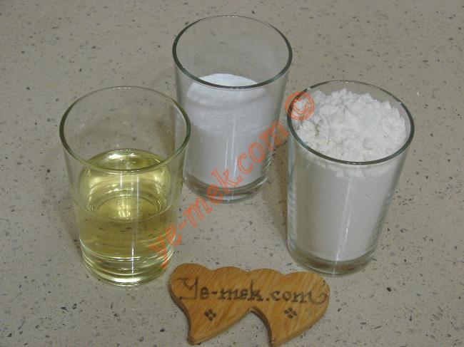 Sıvı Yağlı Un Kurabiyesi Malzemeleri
