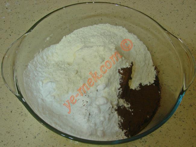 Cevizli Kakaolu Kurabiye