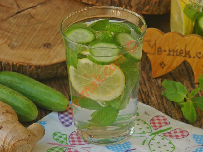 Göbek Yağlarını Eriten Salatalık Çayı