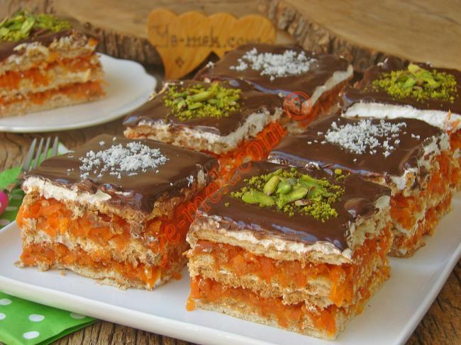 Havuçlu Bisküvili Yaş Pasta