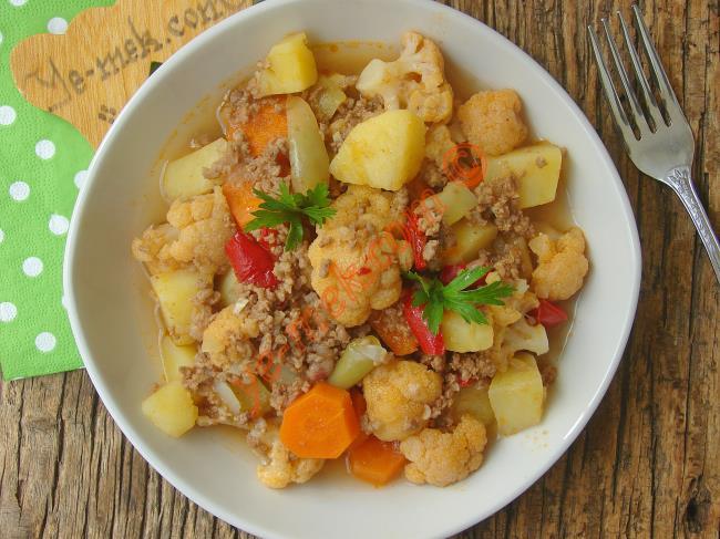 Kıymalı Patatesli Karnabahar Yemeği