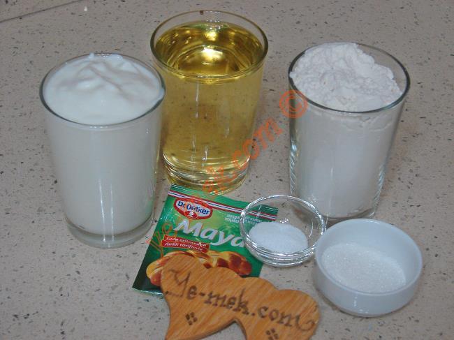 Mayalı Yoğurtlu Poğaça Malzemeleri
