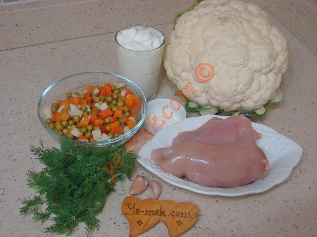 Tavuklu Karnabahar Salatası Malzemeleri