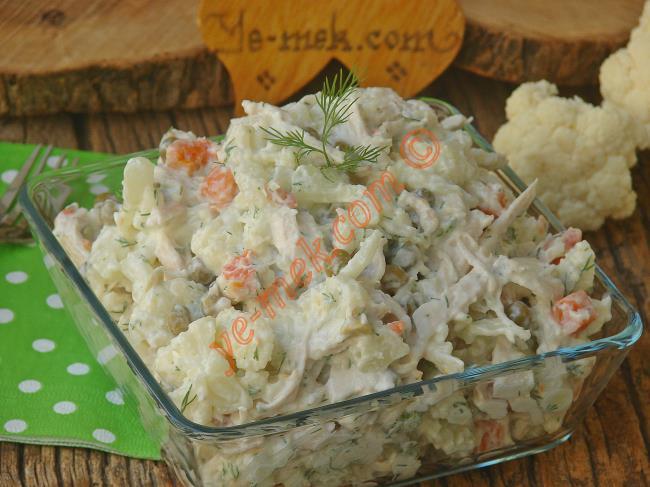 Tavuklu Karnabahar Salatası Nasıl Yapılır