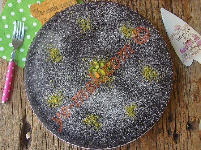 Sadece Su İle Yapılan Pamuk Gibi Bir Kek (İçinde Süt Yok, Yumurta Yok) : Sulu Kek