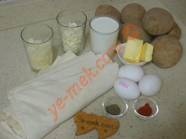 Patatesli Rulo Börek - Yapılışı (1/24)