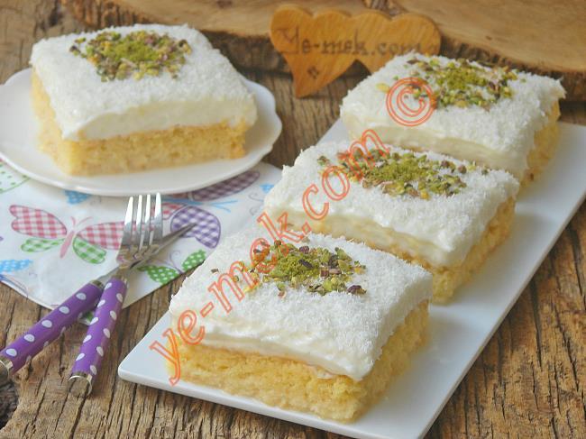 Yumuşacık Keki, Tam Kıvamında Muhallebisi İle : Gelin Pastası