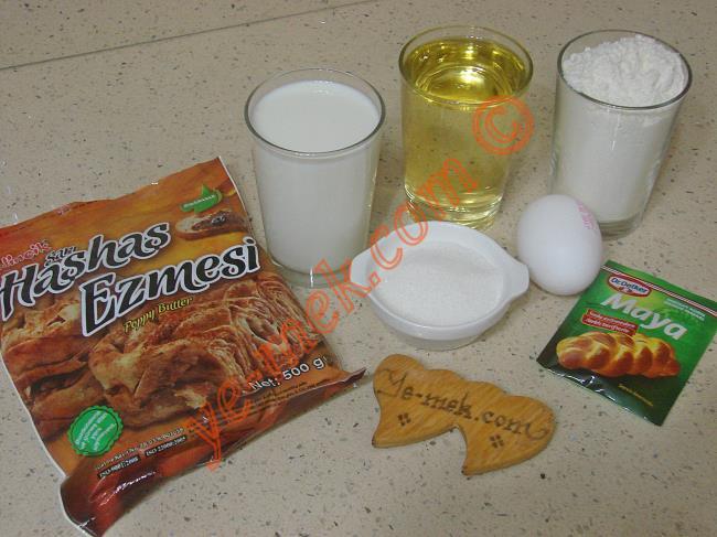 Haşhaşlı Rulo Çörek Malzemeleri