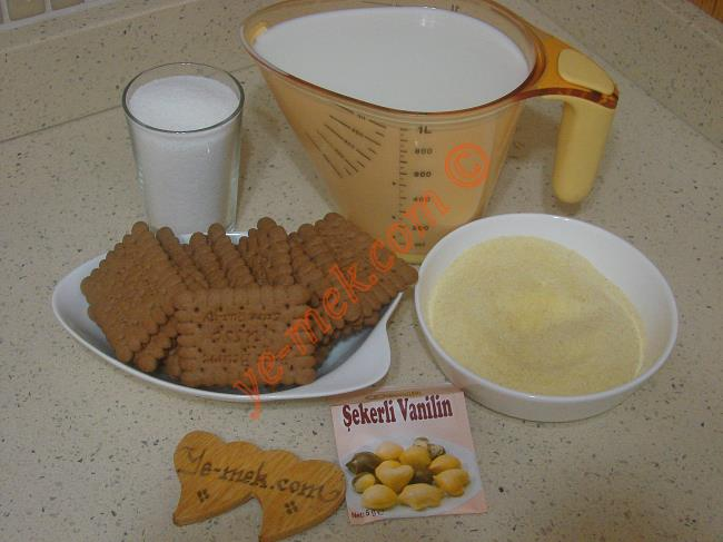 Bisküvili İrmik Tatlısı Malzemeleri