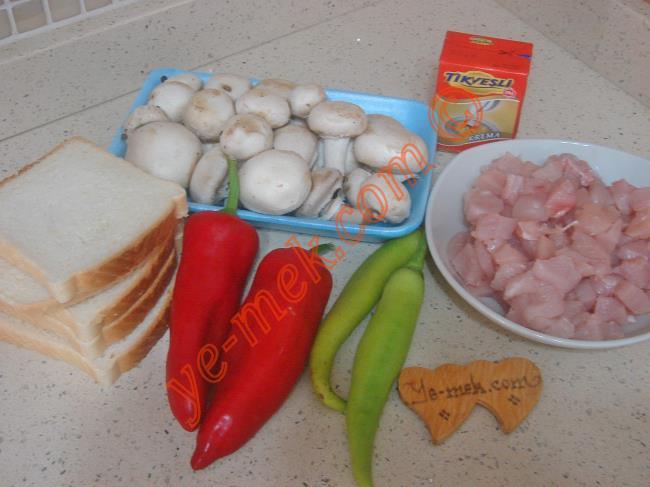 Fırında Ekmekli Tavuk Kebabı Malzemeleri