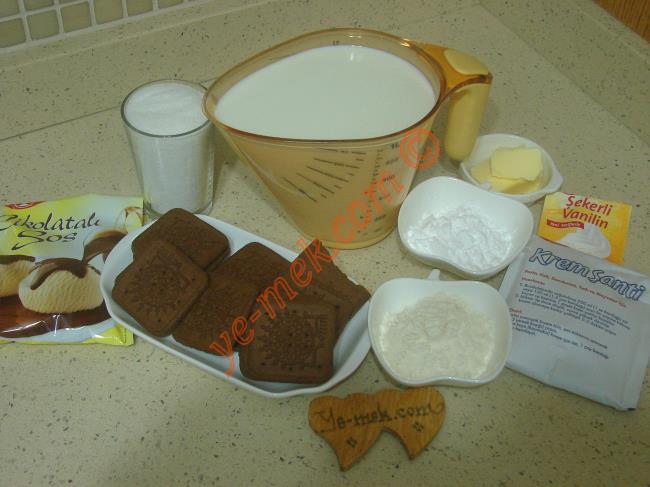Çikolatalı Muhallebili Pasta Malzemeleri