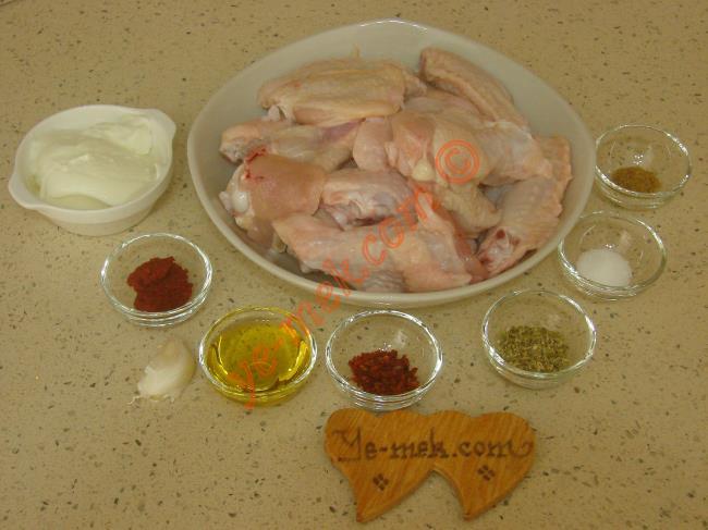 Fırında Soslu Tavuk Kanat Malzemeleri